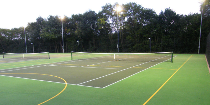 Floodlighting on a tennis court